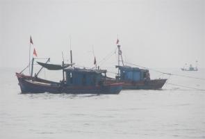 NÚI THÀNH- Tàu cá cùng 9 ngư dân mất liên lạc trên biển Trường Sa