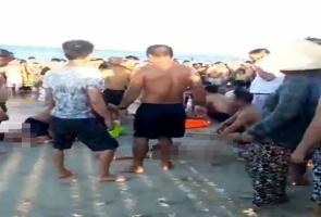 Điện Bàn- 3 thanh niên tử vong khi tắm biển