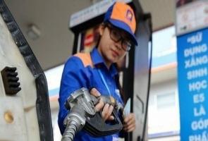 Giá xăng tiếp tục tăng, vọt lên gần 15.000 đồng/lít kể từ 15h chiều nay