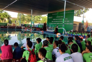 Gần 1000 học sinh tập luyện môn bơi, phòng chống đuối nước tại Quảng Nam