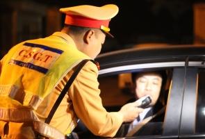 TAM KỲ- Dính ma túy, 2 tài xế bị phạt 75 triệu đồng