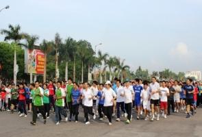 5.000 người tham gia Ngày chạy Olympic vì sức khỏe toàn dân