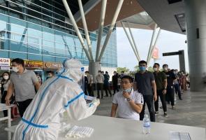 Bay lòng vòng, bị phát hiện mắc COVID-19 khi về Quảng Nam