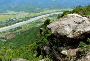 Quảng Nam muốn nghiên cứu làm sân golf 18 lỗ tại núi Bằng Am