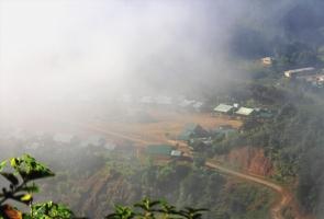 Biên giới mù sương...