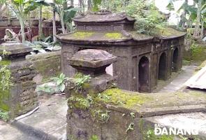 Hội An- Ngôi mộ lạ của vị quan triều Nguyễn
