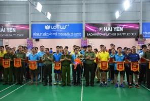 Hơn 200 vận động viên tham dự giải Cầu lông lực lượng công an