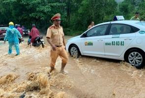 Quảng Nam: Báo cáo nhanh về công tác ứng phó bão số 8 và mưa lũ