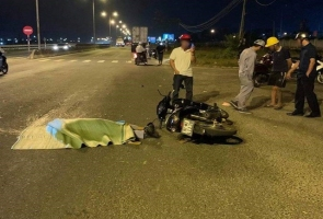 NÚI THÀNH- Va chạm với xe đầu kéo người đàn ông tử vong