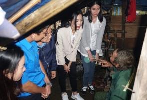 Hoa hậu Đỗ Thị Hà đến Nam Trà My hỗ trợ người dân xây 18 căn nhà mới